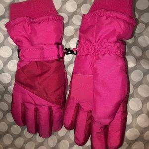 Girls thinsulate 40g thermal gloves *Like new* 🧤